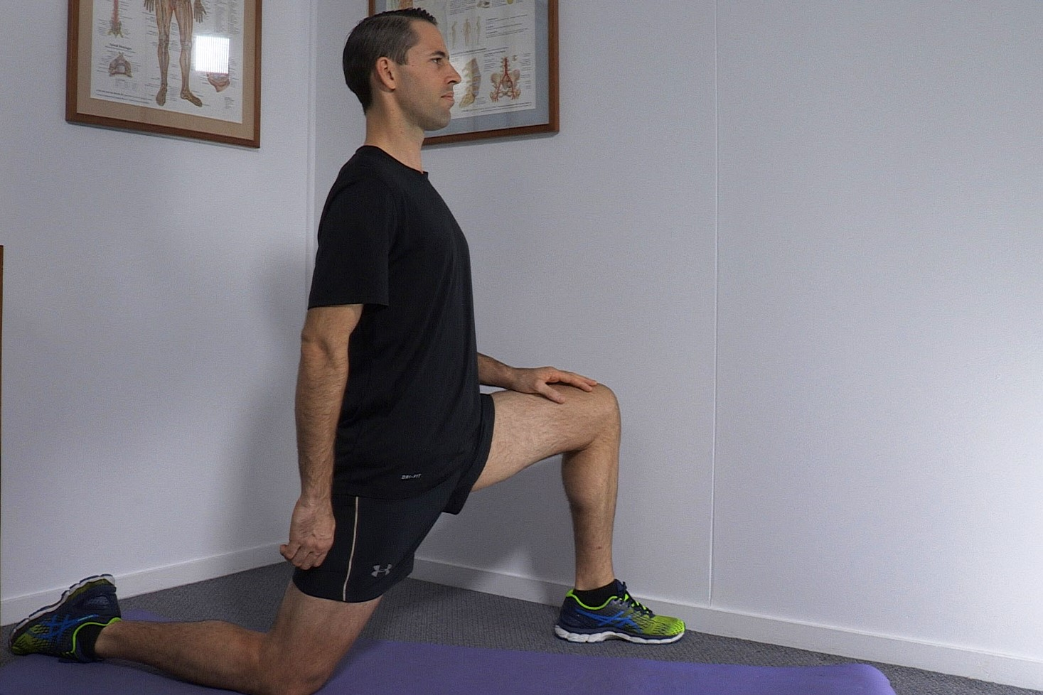 <strong></noscript>HIP STRETCHING EXERCISES</strong>